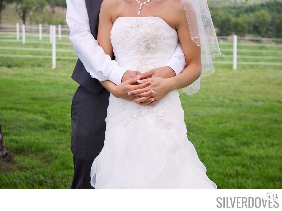 1122_0150_Marissa+Trent_Wedding_Peeper-Ranch_Kansas-City_Photo.jpg